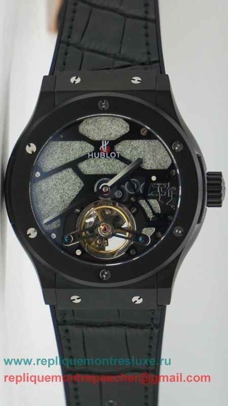 Hublot Automatique Tourbillon HTM82